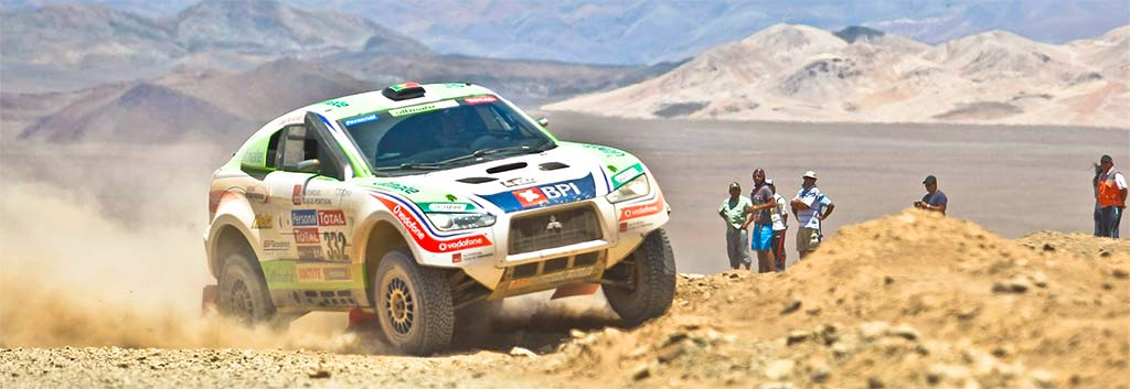 Mitsubishi Shogun Winning The 2007 Dakar Rally